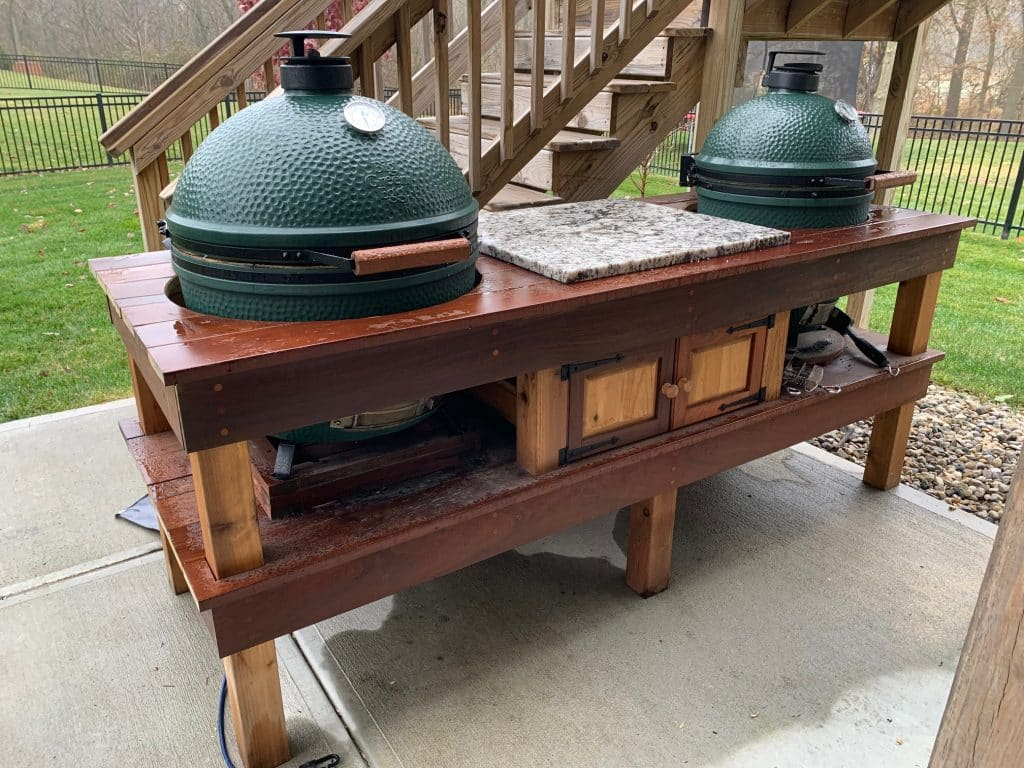 A picture of two Big Green Eggs.